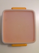 Vintage Tupperware Square Round Sandwich Keeper Yellow w/ White lid - $19.95