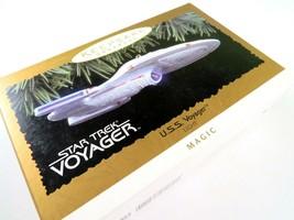 Star Trek USS Voyager Christmas Ornament Hallmark Keepsake 1996, Magic L... - $18.80