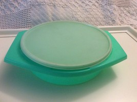 Tupperware Green 786-4 Cabbage Cheese Grater Bowl and Lid Only - $26.50