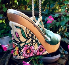7M Floral Butterfly Gold Braided Lace-Up Raffia Wedge Shoes Wood Heels - $89.00