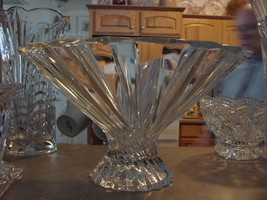 Shannon Crystal Art Glass Fluted Contemporary Footed Bowl Irish Czech Made - $32.99