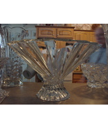 SHANNON CRYSTAL Art Glass Fluted Contemporary Footed BOWL Irish Czech Made - $69.99
