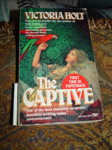 Victoria Holt The Captive First Time n Paperback 1989 - $2.00