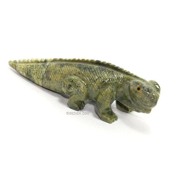 Two-Tone Carved Serpentine Stone Iguana Sculpture Figurine - Peru