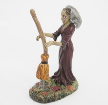 Dept 56 Halloween Snow Village Hilda Witch with Broom 4025349 Mint in Box - £19.17 GBP