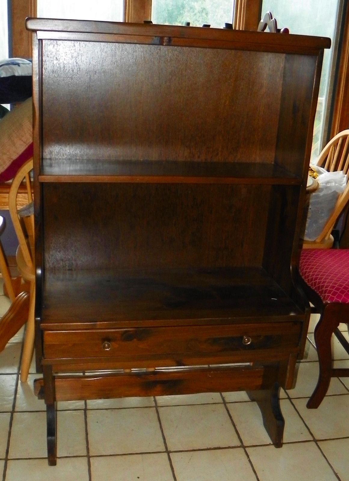 Pine Bookshelf / Cabinet By Mohawk Furniture / Old Tavern Pine (RP SH81)
