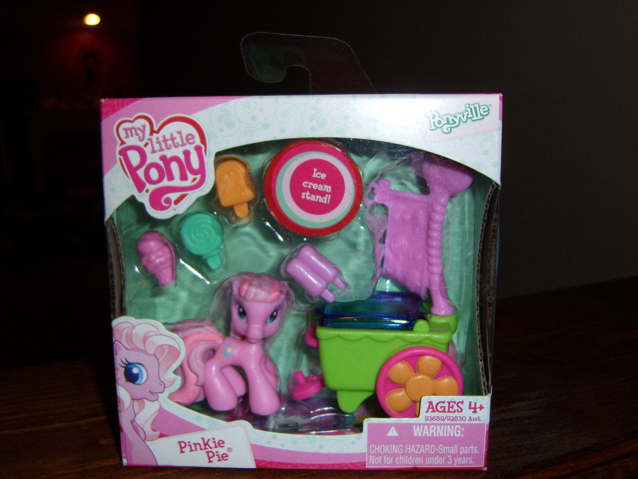 My Little Pony G3 MIB ponyville G3.5 Pinkie Pie Ice Cream Stand