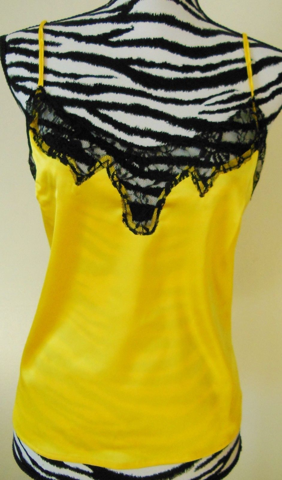 NEW Yellow satin with lace trim tank by Newport News. Size.2. - $15.00
