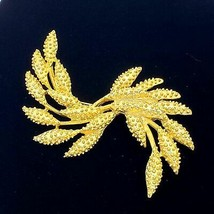 Sarah Coventry Harvest Gold Wheat Brooch Pin - $14.85