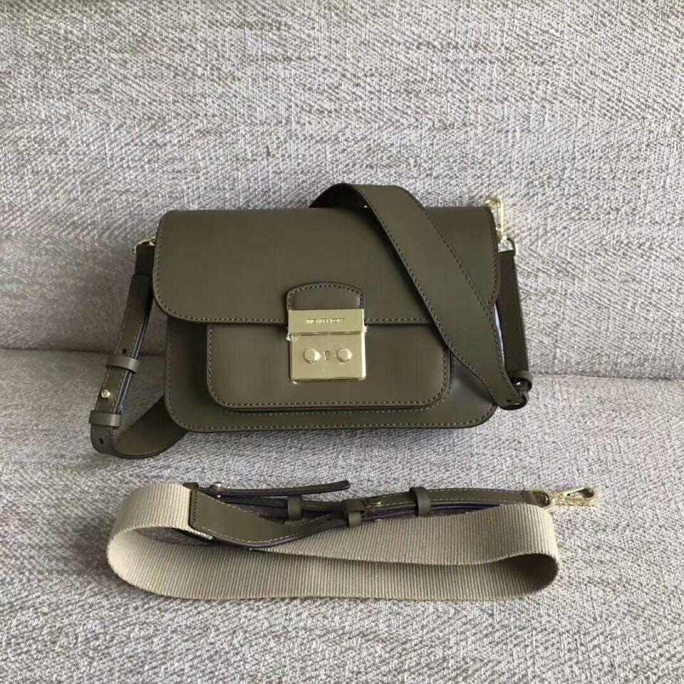 8eb404f4e3c8 Qq 20180527161122. Qq 20180527161122. Previous. MICHAEL KORS Sloan Editor  Leather Shoulder Bag Oliver Green authentic