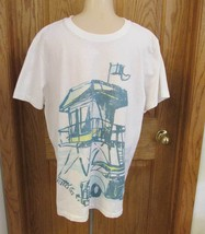 Aeropostale T Shirt White Size XL Woody Station Wagon Beach Lifeguard Tower - $14.84