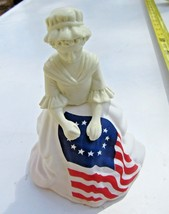 Avon decanter figurine Betsy Ross flag maker woman lady bottle figure - $12.09