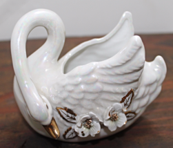 Vintage OPALESCENCE Ivory & Gold SWAN Planter Applied Flowers - €11,40 EUR