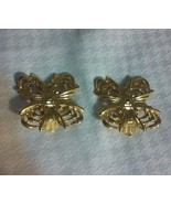 Vintage Large Beautiful Gold Tone Clip On Earrings Unique Design Really... - $2.00