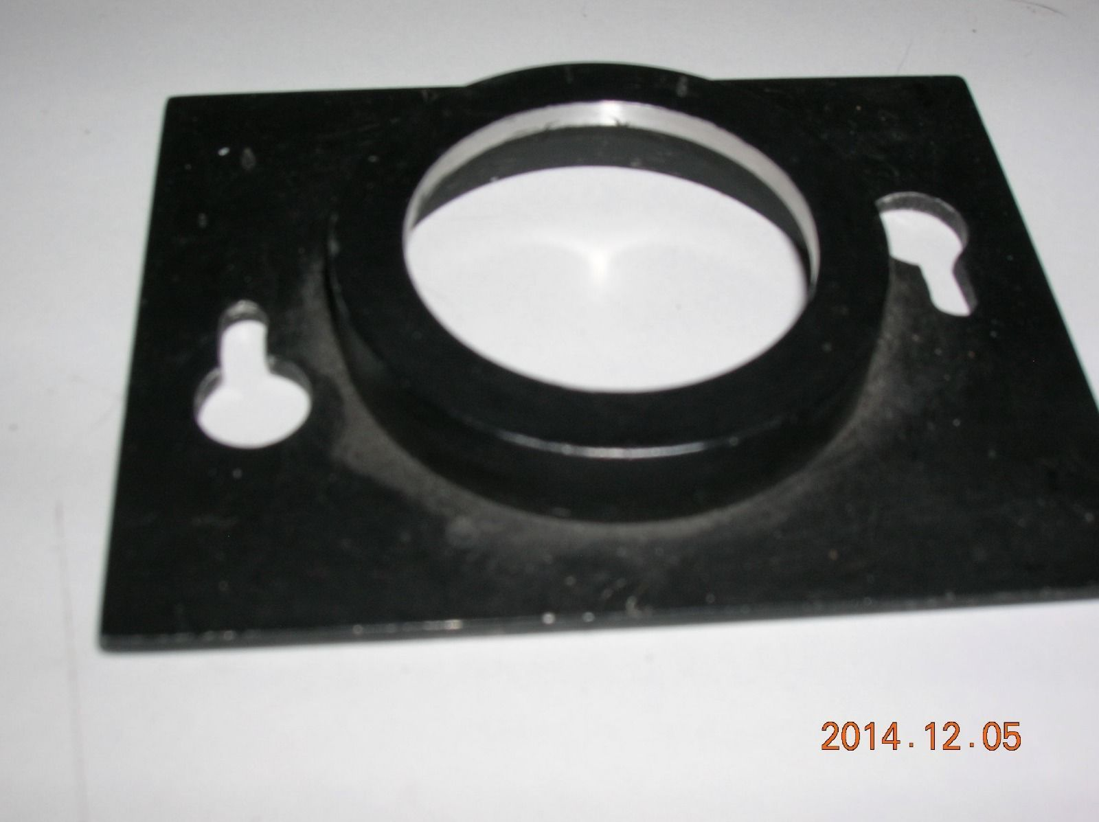 rectangular recessed/extender lensboard for unknown enlarger for 32.5mm lenses