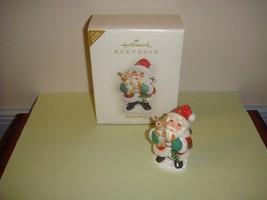 Hallmark 2006 Bunny Hug Limited Quantity Ornament - $11.49
