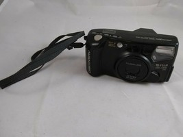 Fuji Discovery 1000 Zoom 35mm Panorama Point & Shoot Film Camera UNTESTED - $14.99