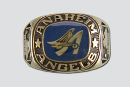 Anaheim Angels Ring by Balfour - $2.240,20 MXN