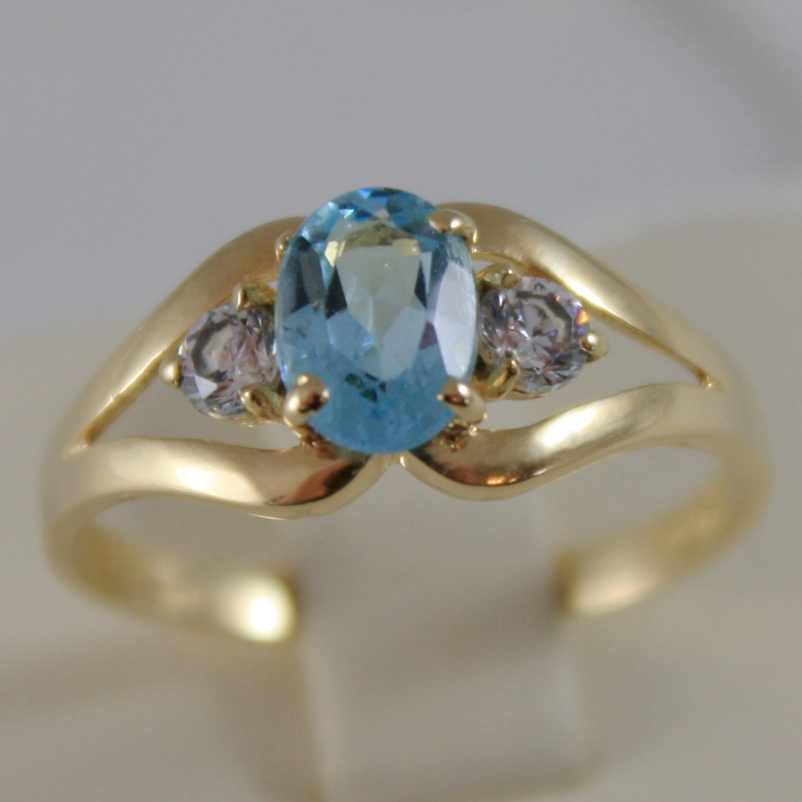 SOLID 18K YELLOW GOLD RING WITH BLUE TOPAZ AND CUBIC ZIRCONIA, MADE IN ITALY