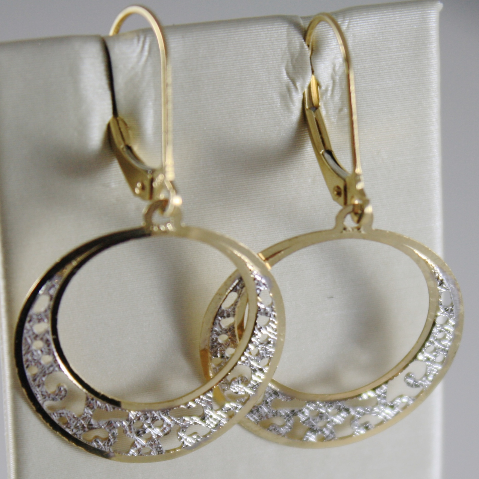 SOLID 18K YELLOW AND WHITE GOLD PENDANT EARRINGS WITH HARD WORK