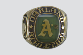 Oakland Athletics Ring by Balfour - $2.286,89 MXN