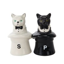 CATS IN HATS CERAMIC MAGNETIC SALT PEPPER SHAKERS - $10.10