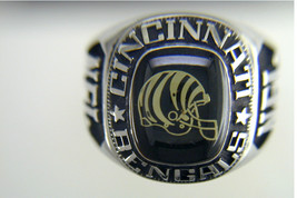 Cincinnati Bengals Ring by Balfour - $2.240,20 MXN