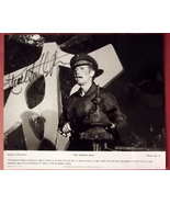 CHARLTON HESTON (THE OMEGA MAN) ORIGINAL AUTOGRAPH PHOTO (CLASSIC CULT S... - $160.00