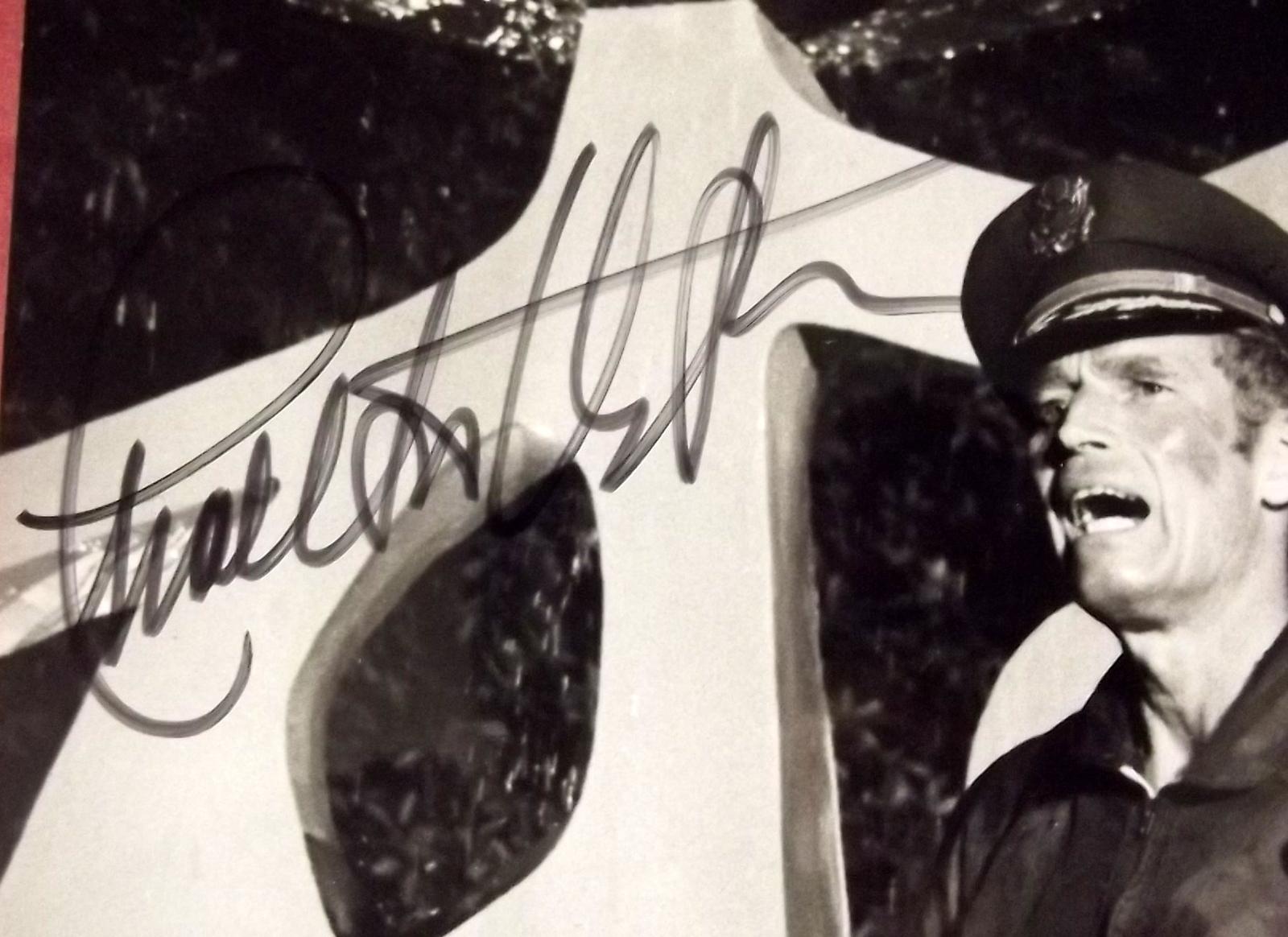 CHARLTON HESTON (THE OMEGA MAN) ORIGINAL AUTOGRAPH PHOTO (CLASSIC CULT SCI-FI) W