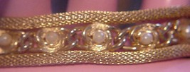 Vintage Unsigned Mesh Bracelet faux Pearls safety chain Excellent! - $22.95