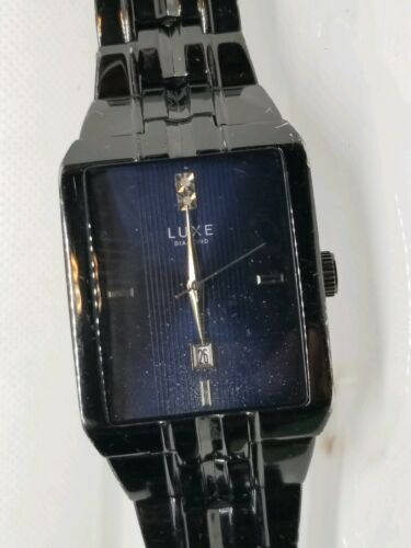 Vintage Mens Luxe Diamond / Date Dress Watch New Battery Works image 9