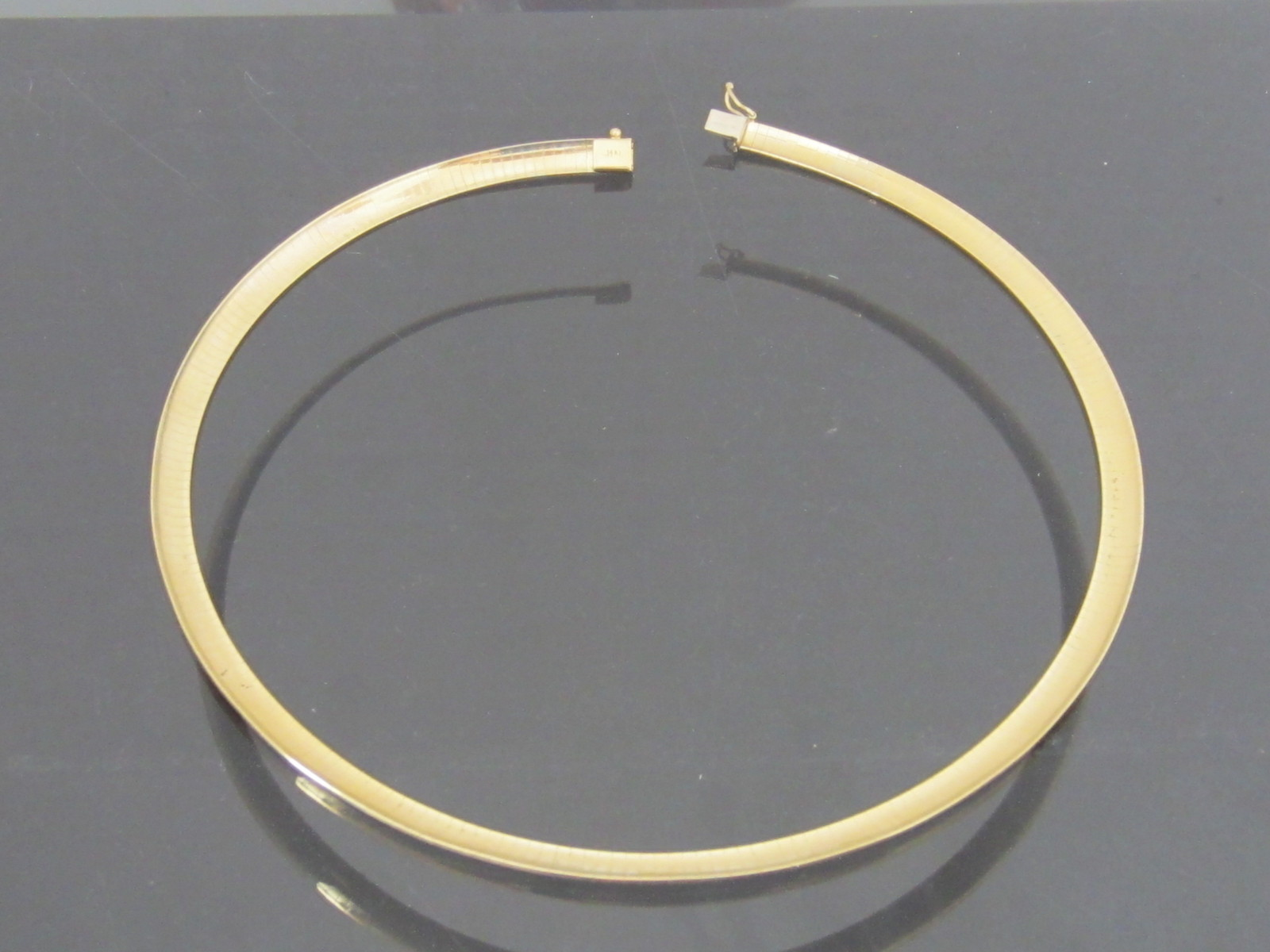 Vintage 14K Solid Yellow Gold Omega Chain Necklace 16'' Length