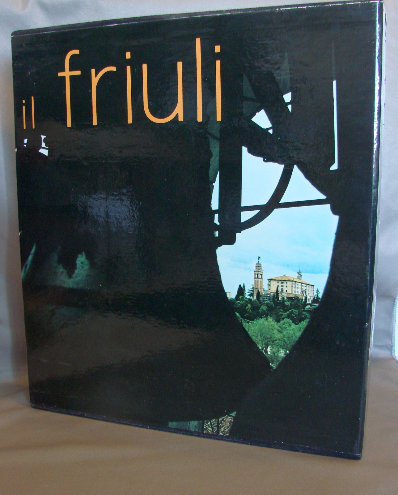 Il Friuli by Aldo Rizzi in Slip Case Signed by Author Like New Travel Book