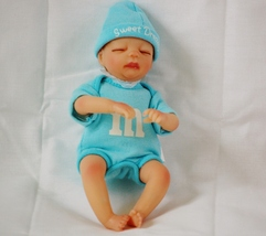 Ashton Drake Galleries Collectible Melt in Your Heart Sweet Dreams M & M... - $18.00
