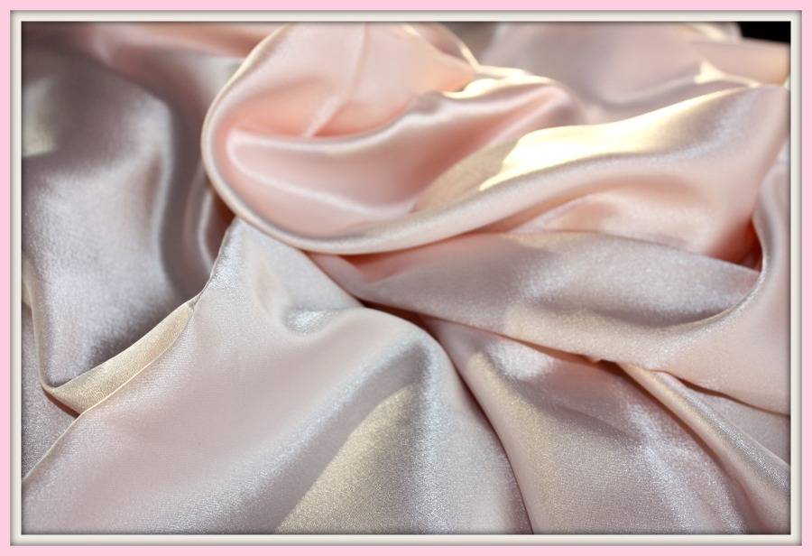 PINK CHARMUESE SILK BLEND IMPORTED ITALY DESIGNER ORIGINAL FABRIC 60 IN. WIDE