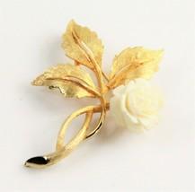 ESTATE VINTAGE Jewelry HAND CARVED COW BOVINE BONE FLOWER BROOCH  - $10.00