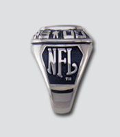 Philadelphia Eagles Ring by Balfour