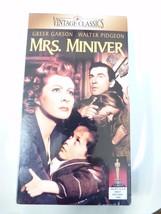 Mrs. Miniver (VHS, 1997) - $5.45