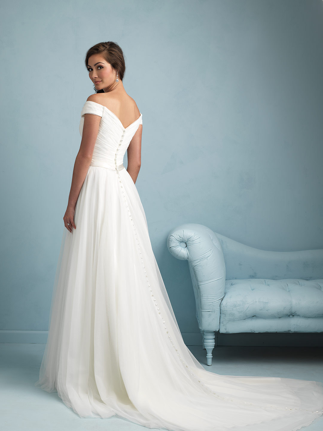 White Beach Wedding dress f Shoulder Chiffon Bridal