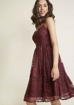 New Modcloth BB Dakota Strike It Lovely Lace Dress 2 4 Fig Red Midi Length - $59.39