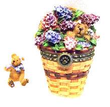 "Boyds Treasure Box""Collector's Club May Series Lilac Basket"" #392184LB- ... - $49.99"