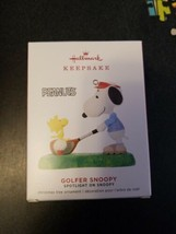 Hallmark 2019 GOLFER SNOOPY Peanuts Spotlight on Snoopy Ornament - $14.85