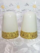 Vintage Mount Rushmore Souvenir Porcelain Salt and Pepper Shakers image 3