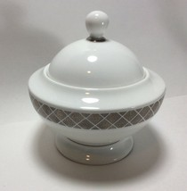 Ralph Lauren China Aubusson Sugar Bowl with Lid - $19.78
