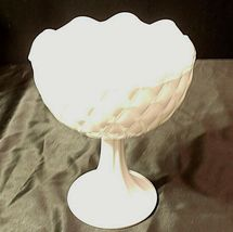 White Ruffle Heavy Etched Chalice Cut Glass (Large ) AA20-CD0065 Vintage image 3