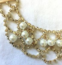Cohesive Jewels Simulated Pearl & Crystal Gold Plated Scallop Bib Necklace NWT image 3