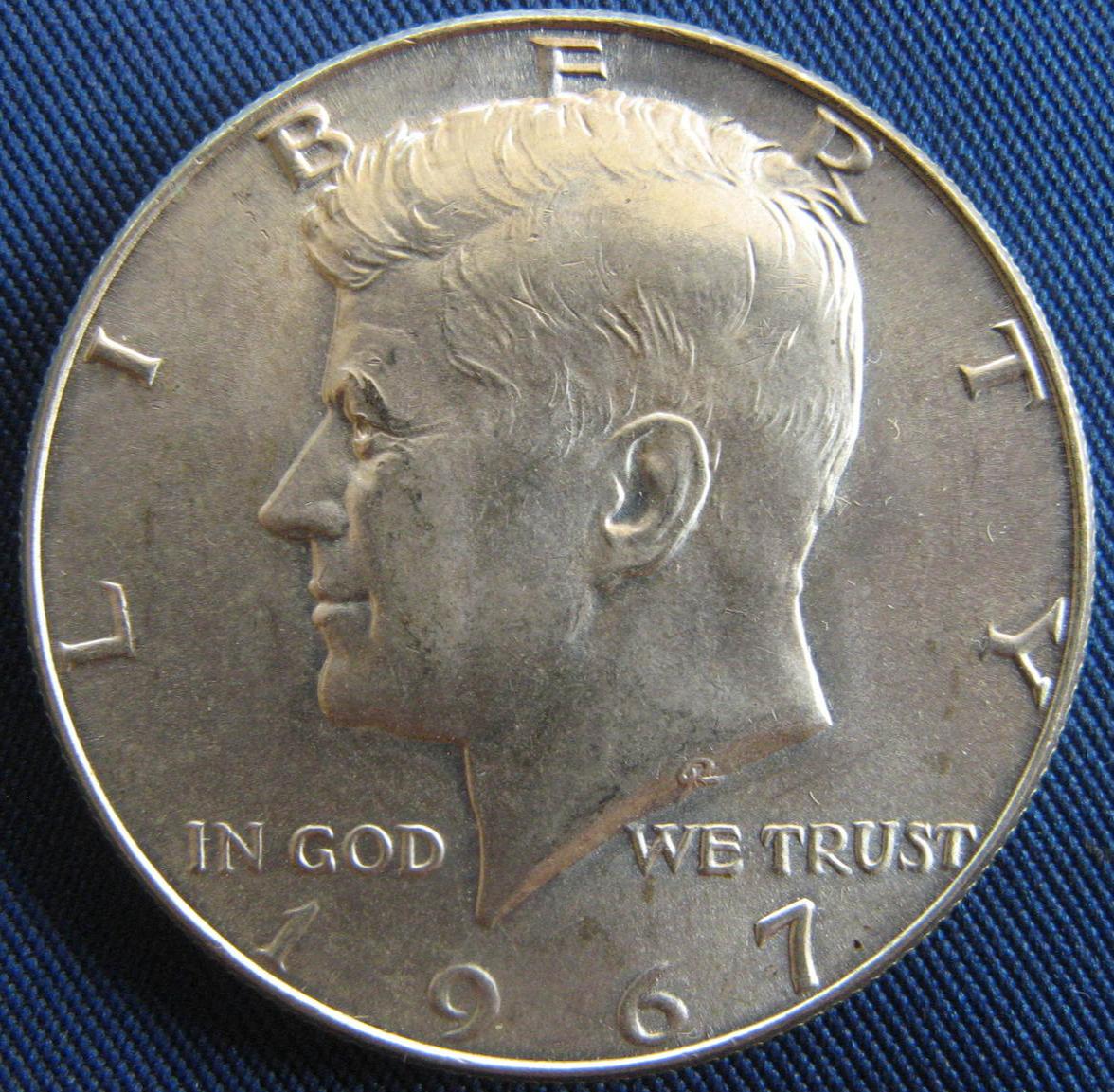 (13) 1967 Kennedy Half Dollar - 40% Silver - (sku#4872) - $32.50