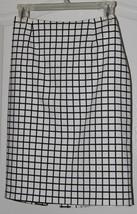 Kathlin Arginro Ladies Designer Skirt Size 8 MInt - $15.79