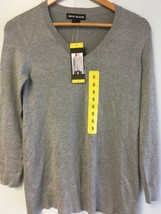 DKNY Jeans Women's Long Sleeve V-Neck Sweater, Small, Heather Grey #362 - $19.99