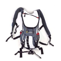 Outdoor Products Ripcord Hydration Pack Cycling Hiking Day Backpack in W... - $608,64 MXN